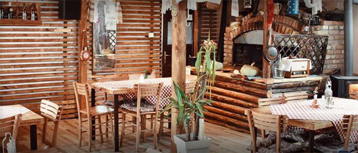 """Restoran """"Stari Orah"""", samo 2 minuta od vaše brvnarice. Sjajna sremska kuhinja."""